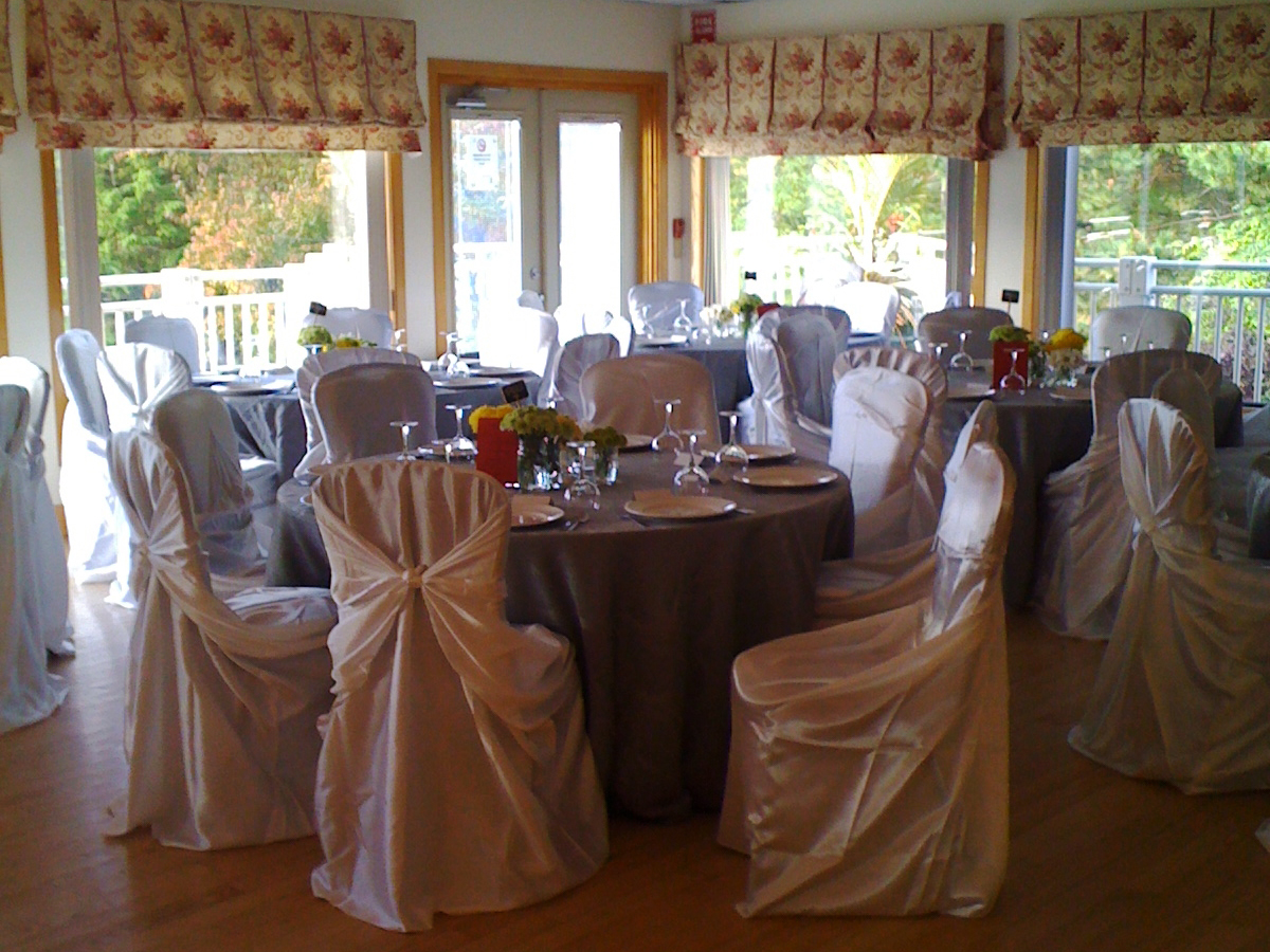 Monora Park Pavilion Banquet Room Slide 1