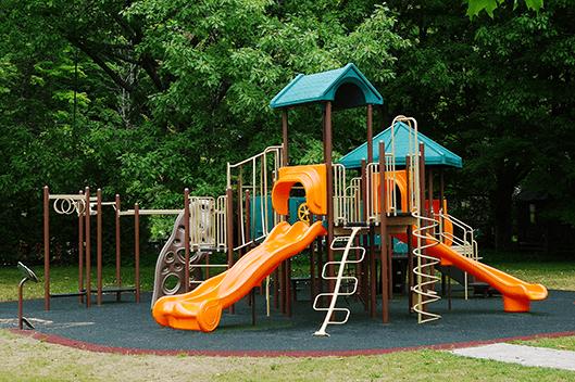 Mono Centre Park
