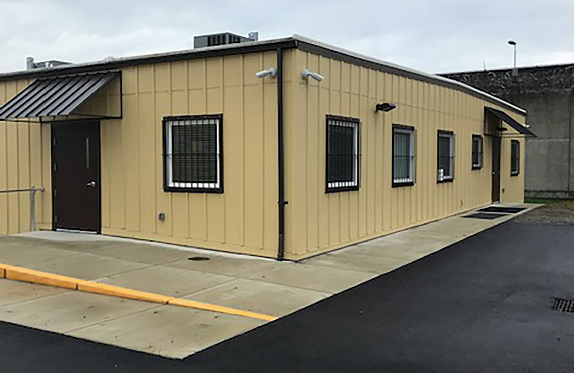 Exterior Psychiatric Clinic Oregon State Prison