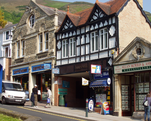 Hello English - Malvern shop Image
