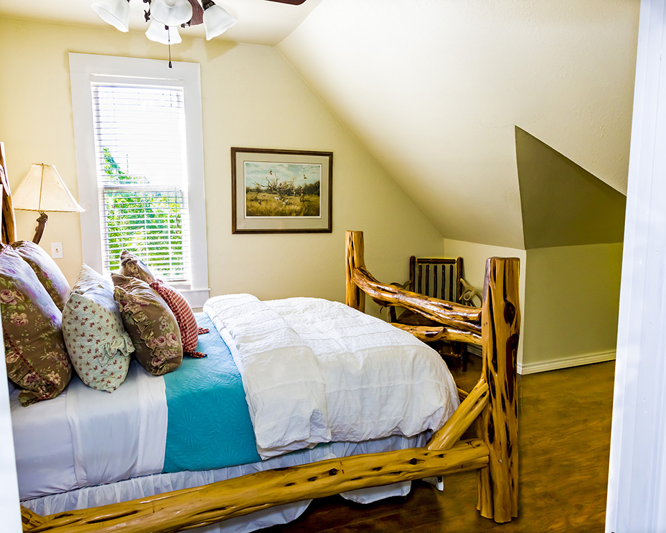 twin bed with rustic bed frame