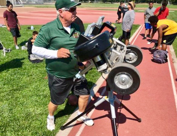 Glines out of retirement to coach Davis defense: 'I'm