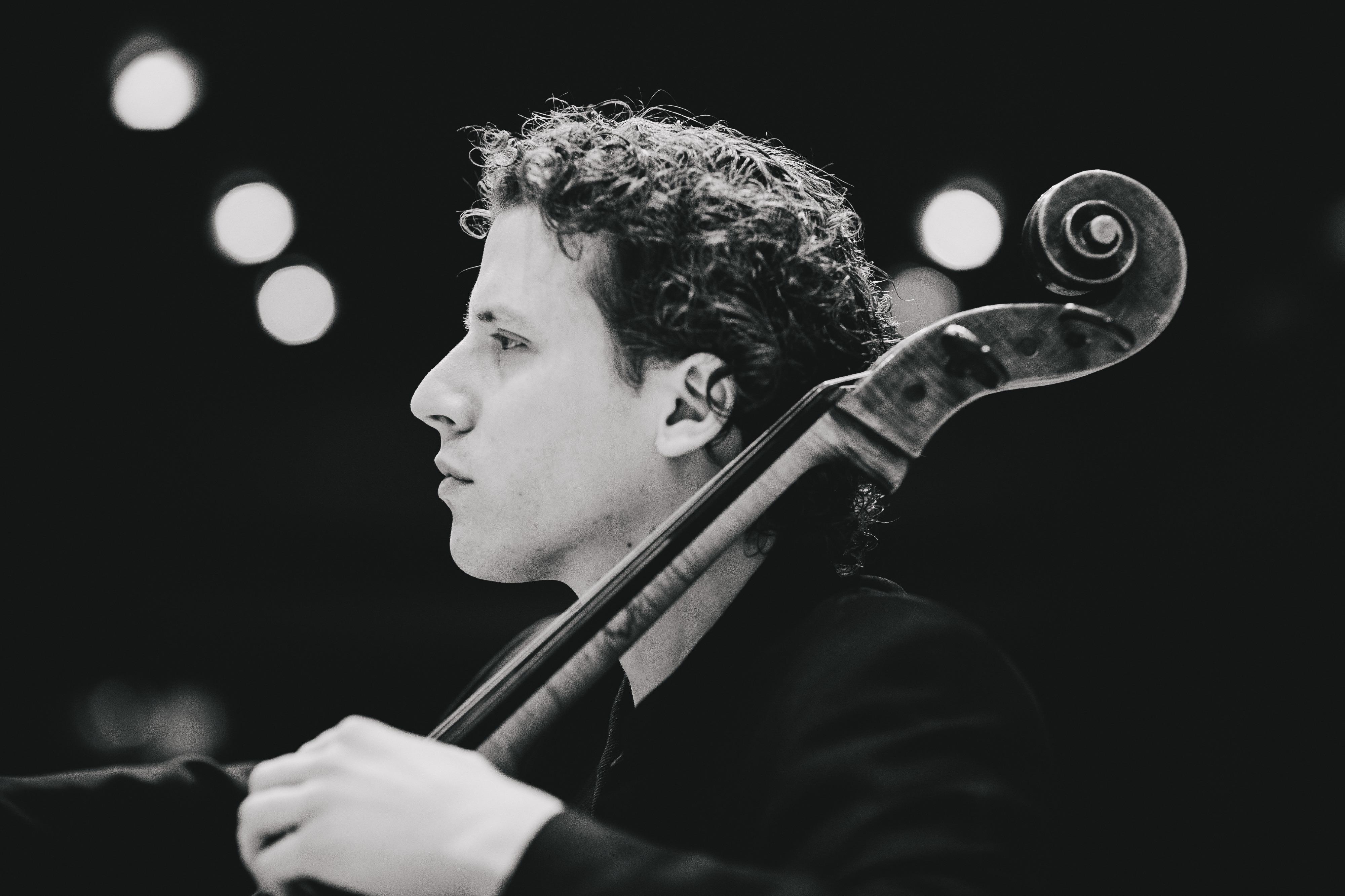 Alberto Martos