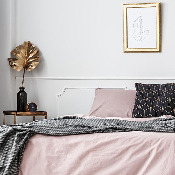 Wat de kleur van je beddengoed doet met je slaapkamerinterieur én je humeur