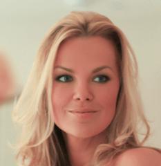 Nicole Arter, iconmakeupadacemy.co.uk