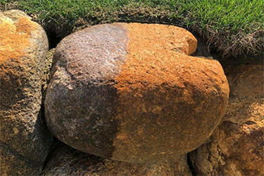 rest removal on decorative rocks
