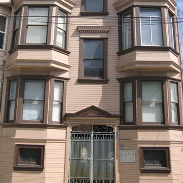 33 San Carlos Street
