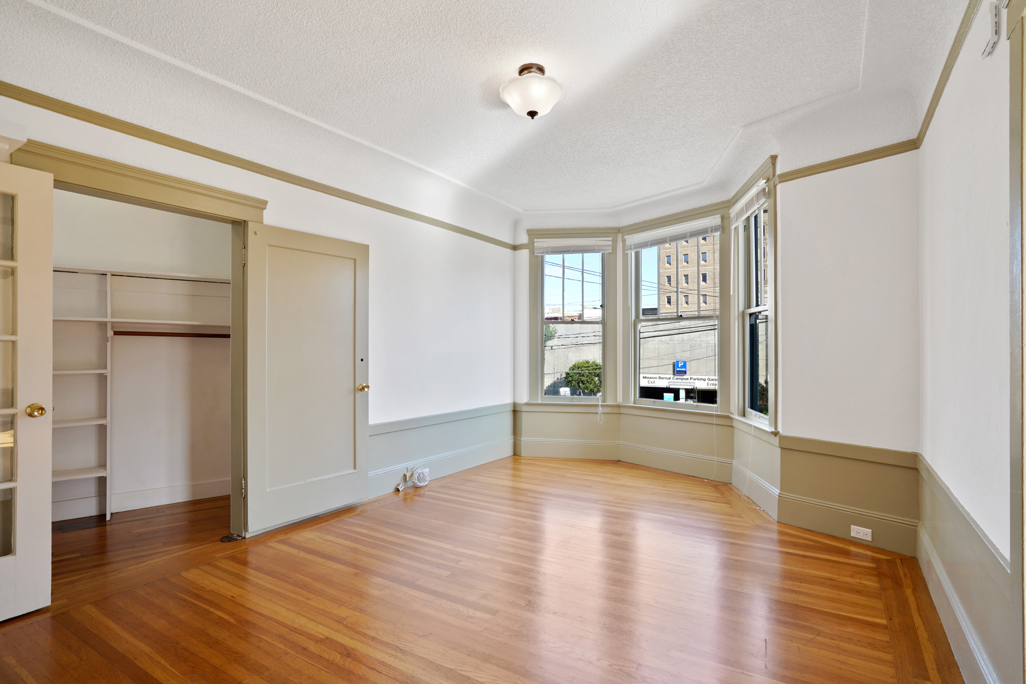 Just Listed: 80 Duncan St