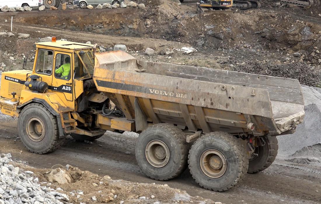 a25 6 wheeler dump truck