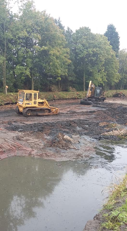 lake and pond desilting and dredging