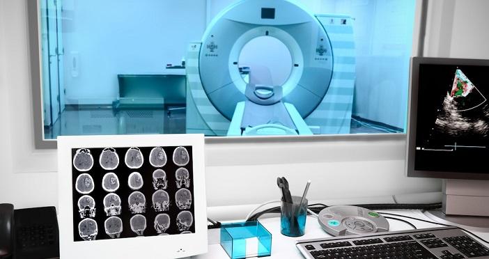 Высокопольная магнитно-резонансная томография: возможности, безопасность, ограничения