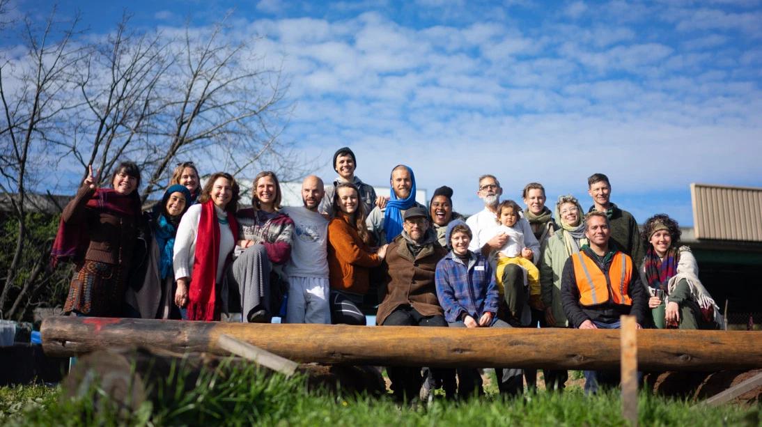 Group Photo One Earth Familia