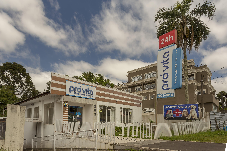 O Alba está localizado próximo ao hospital veterinário Pró Vita, em Curitiba.