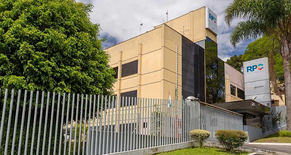 O Alba está localizado próximo a RPC, em Curitiba.