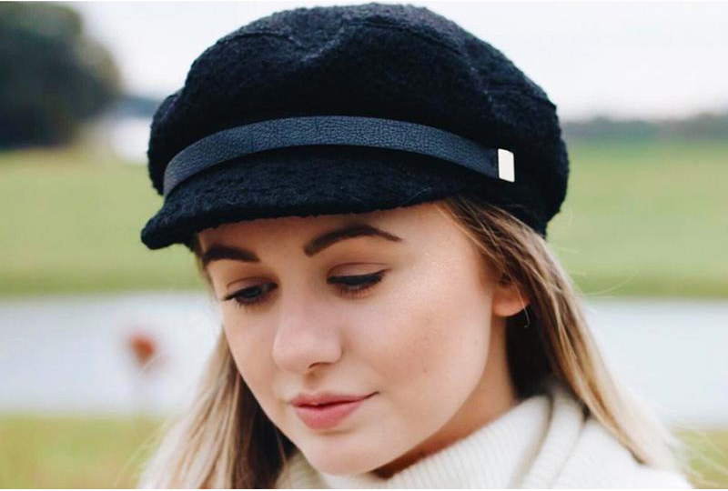 How to Shrink a Wool Hat: Pot of Water