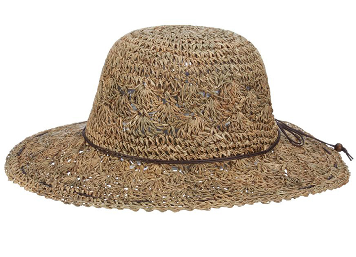 Top 10 Best Beach Hats Women Will Love - Isle