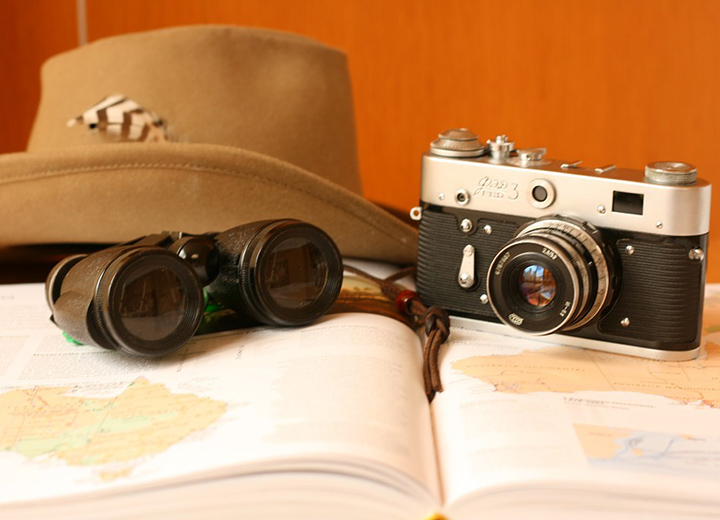 6 Mens Travel Hats for Every Climate - Hat checklist