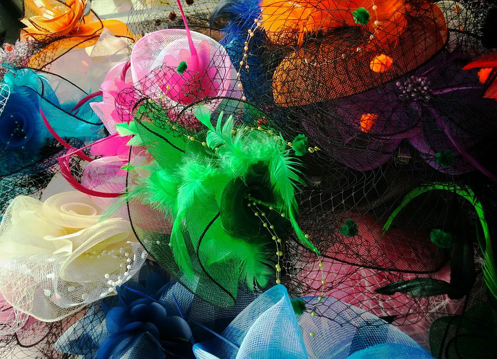 Your Guide to Womens Fascinator Hats