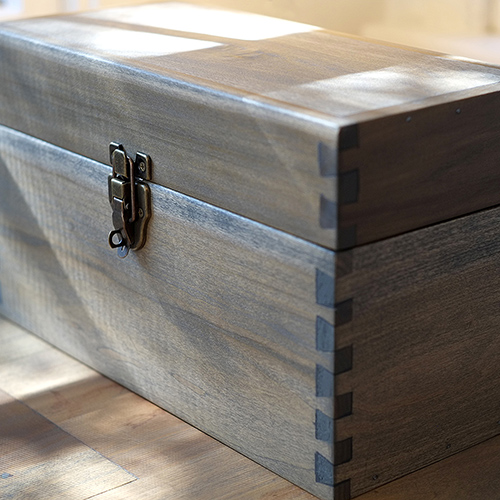 Alan Horsager woodwork. A handcrafted toolbox made of poplar wood. Sides of the toolbox were joined using dovetail joinery. All joints were cut by hand using hand saws, hand planers, and chisels.