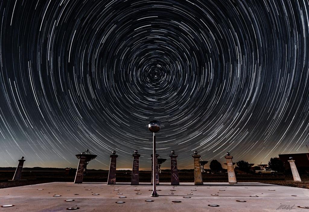 Trainées d'étoiles et Le cadran solaire Bracewell
