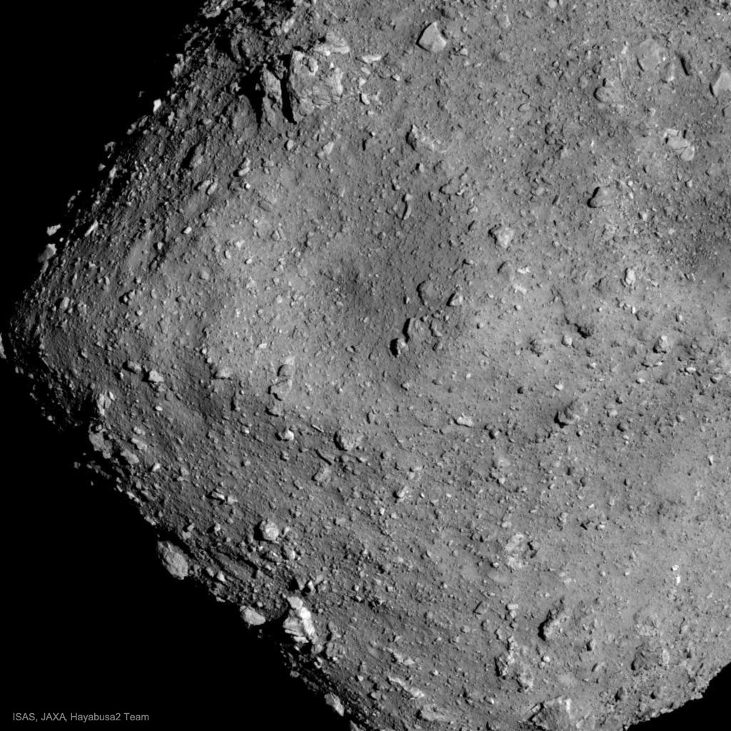 L'astéroïde Ryugu depuis Hayabusa 2