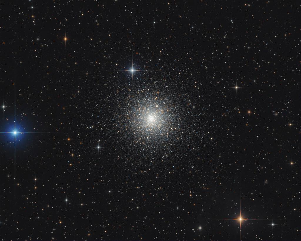 M15 : Dense amas globulaire d'étoiles