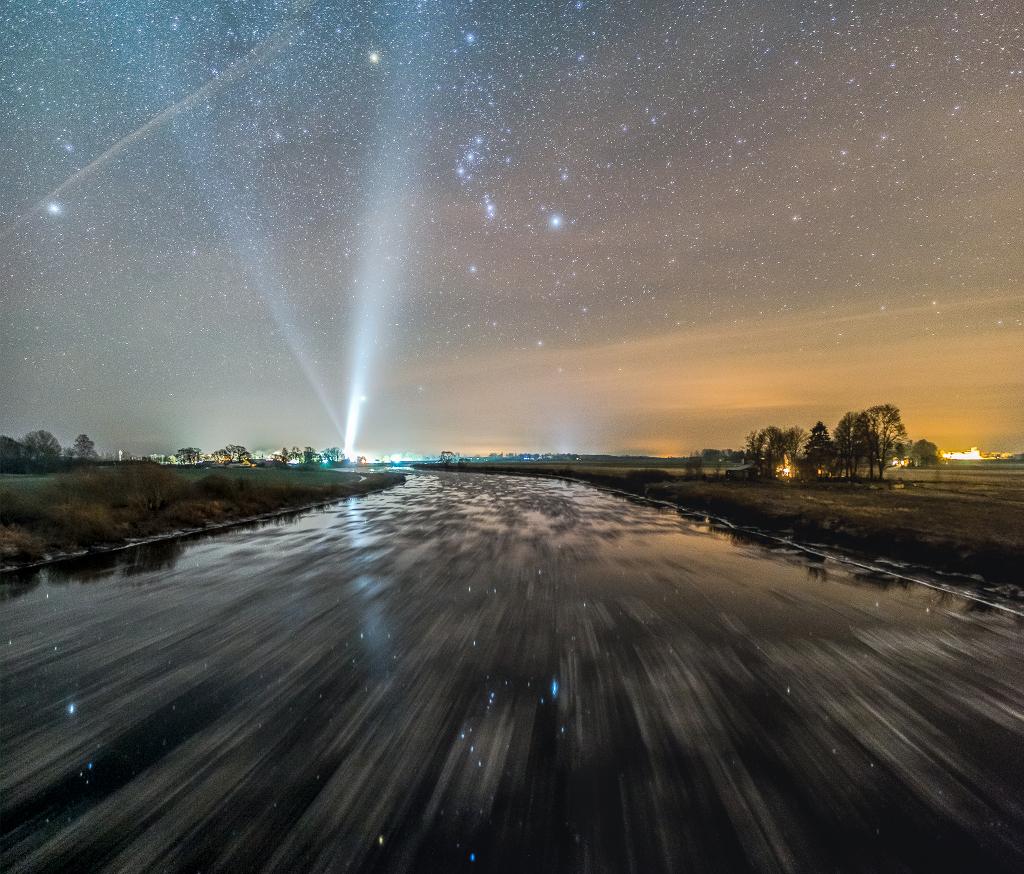 Une froide rivière qui mène à Orion