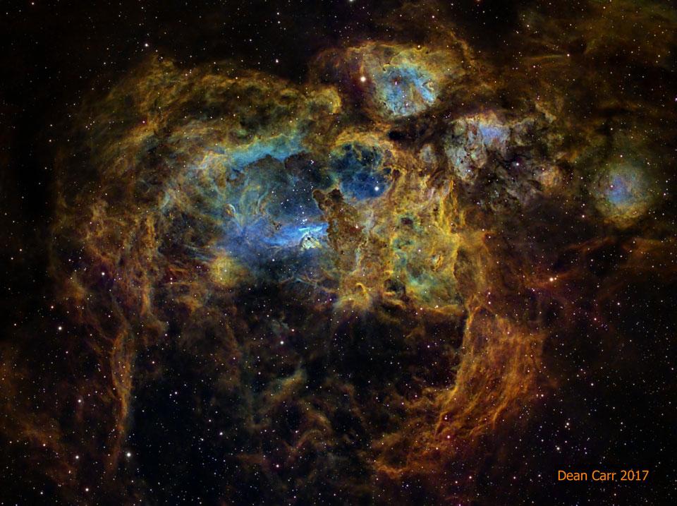 NGC 6357 : La nébuleuse Guerre et paix