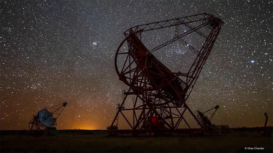 Les télescopes H.E.S.S. explorent le ciel de haute énergie