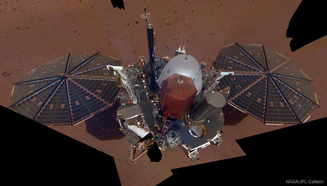 La sonde spatiale InSight prend un selfie sur Mars