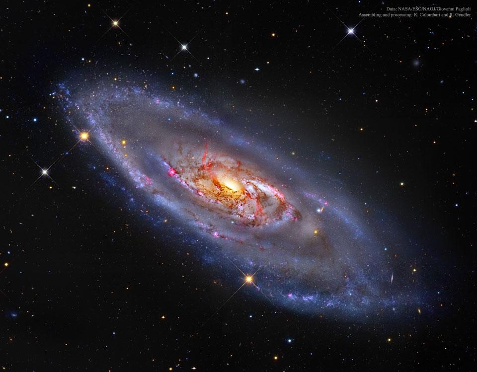 M106 : Une galaxie spirale au centre étrange