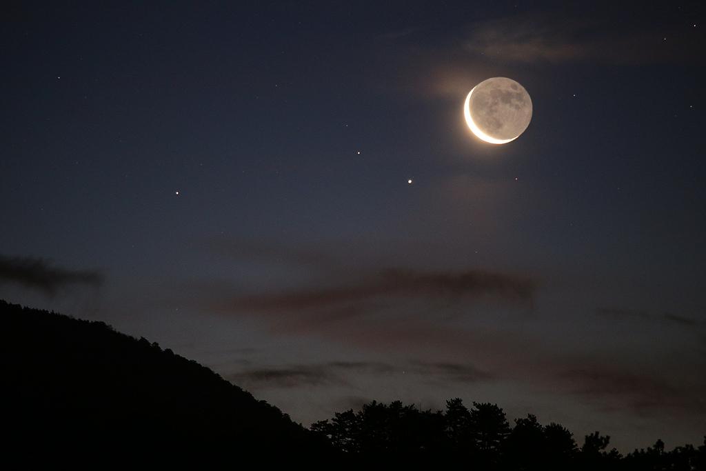 Saturne et la lueur de De Vinci