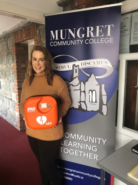 Mungret Community College Install new Defibrillator.