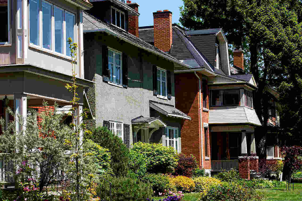 In a Hot Ottawa Real Estate Market, Keep Cool on Waiving Conditions