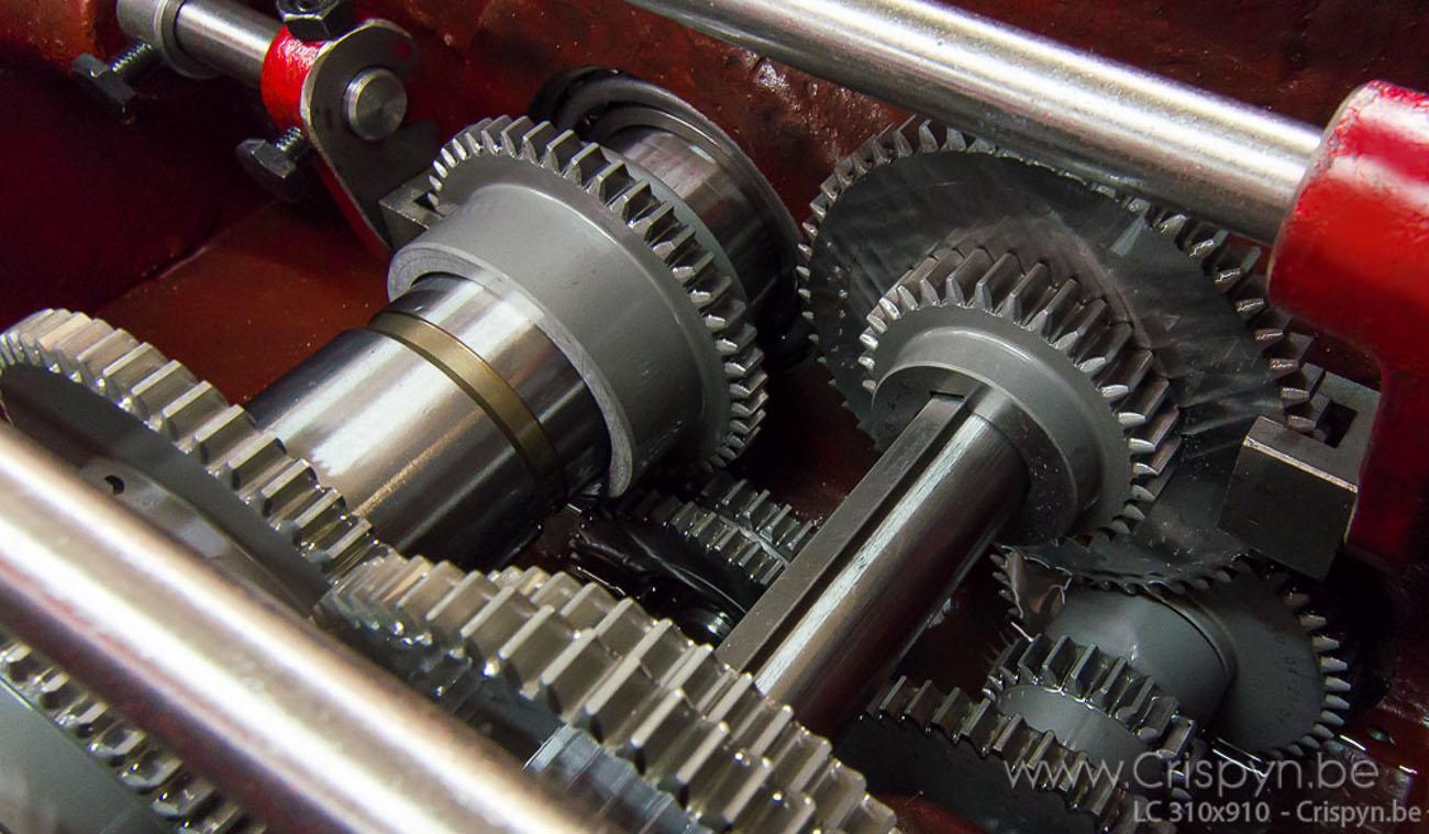 Draaidiameter 310mm, centerafstand 910mm, gewicht 480Kg