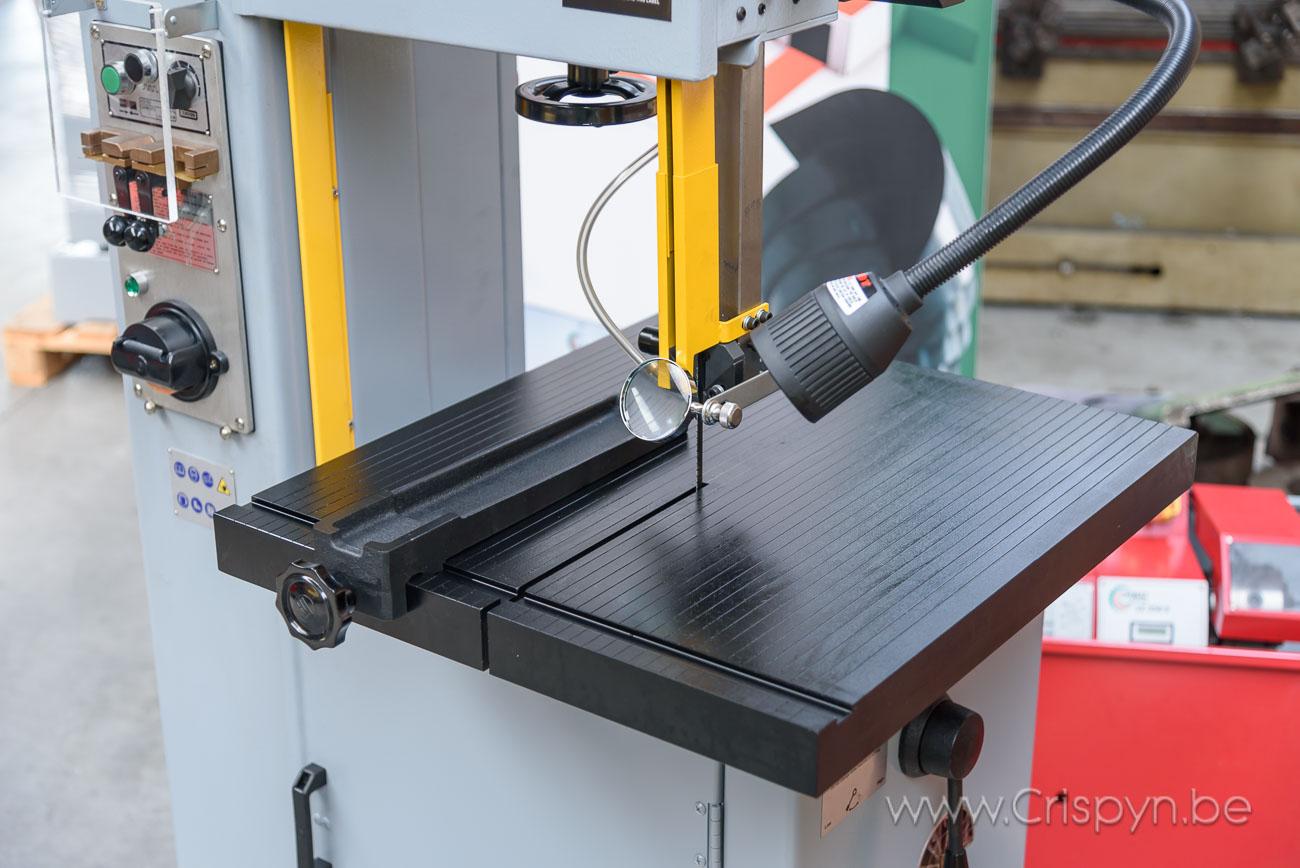 Uitlading 396mm, tafel 500x600mm, bladhoogte maximaal:16mm