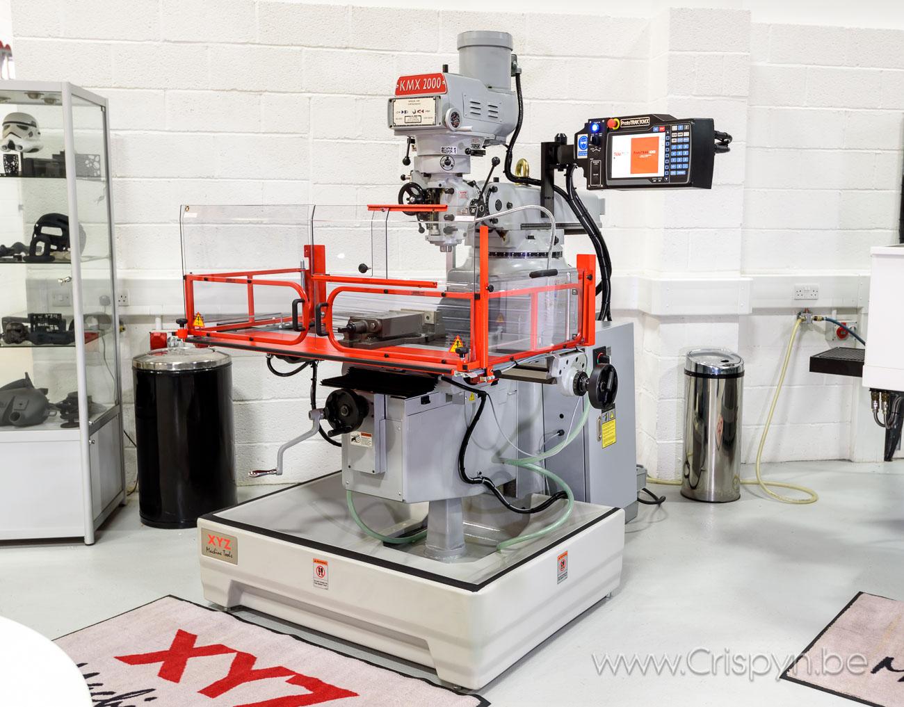 ProtoTRAK, Spindelmotor 2.25 kw Koersen xyz: 762 x 380 x 400 mm Tafel: 1270 x 254 mm