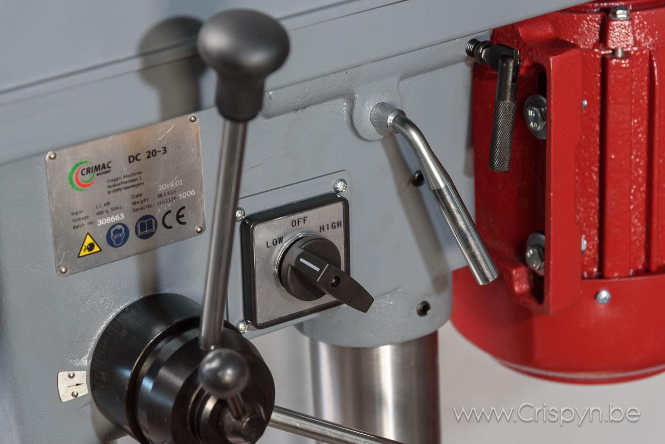 Tafelboormachine, V-snaar aandrijving,boren tot 22mm,3x400V, 1,1kW + Hoog/Laag schakelaar