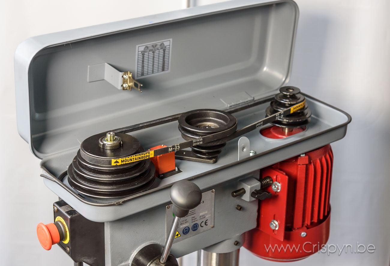 Tafelboormachine, V-snaar aandrijving,boren tot 16mm, 3x400V, 0,38kW