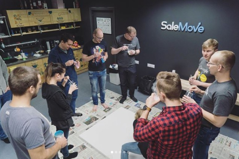 SaleMove office event