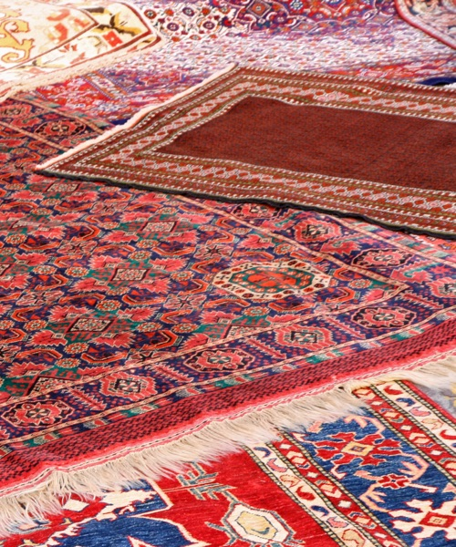 oriental rug washing and cleaning facility