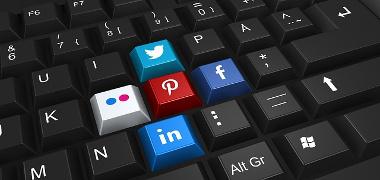 Social Media Marketing Thumbnail