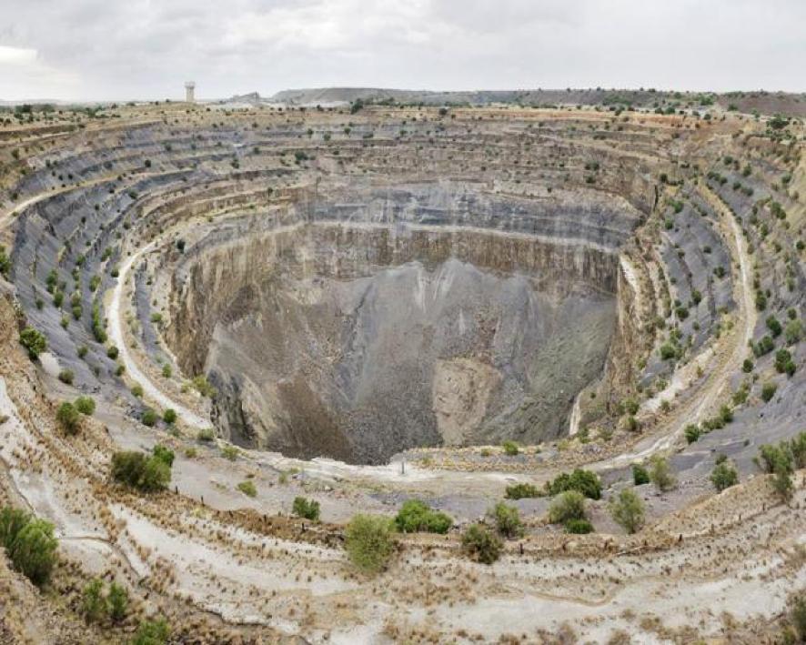 diamond mining crater