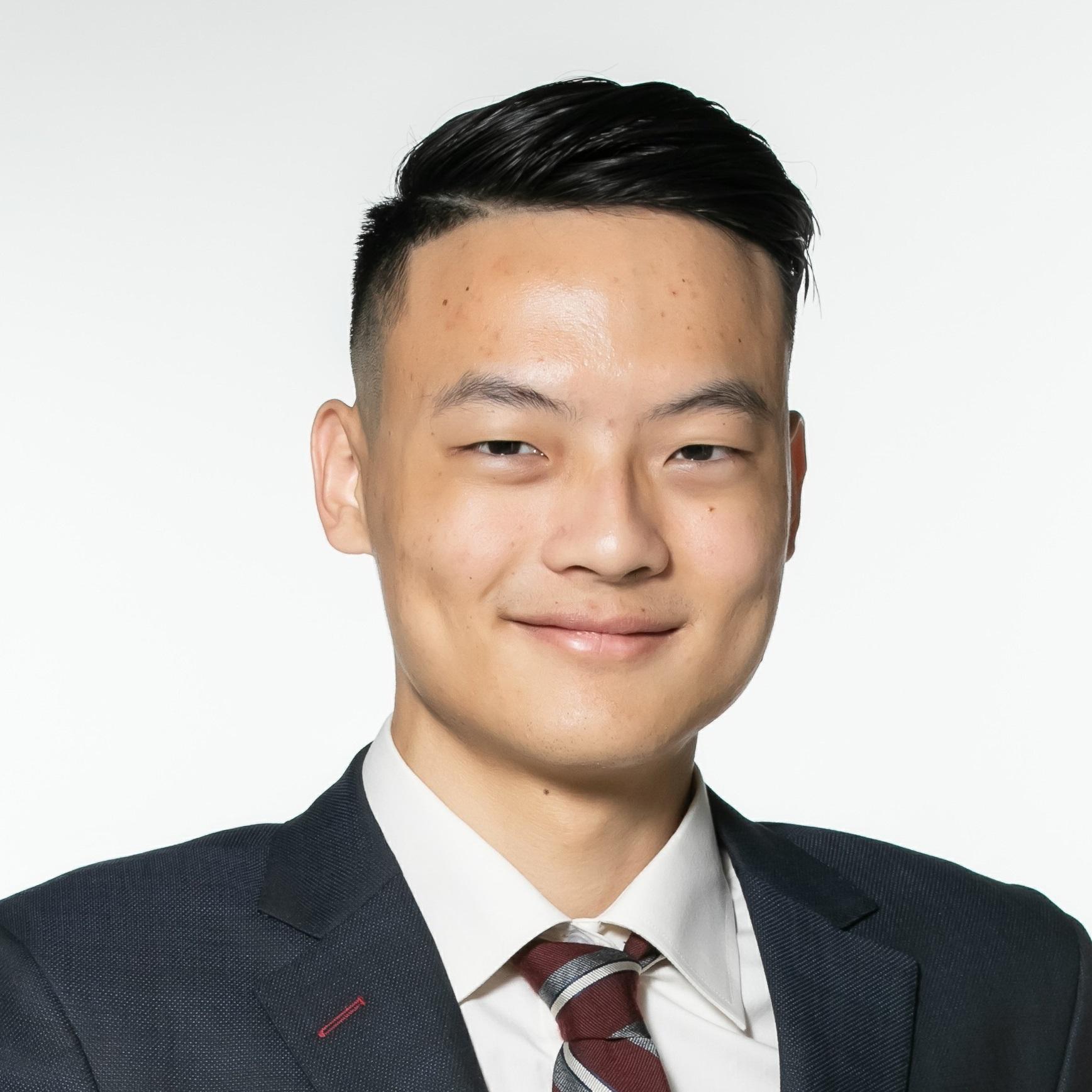 林暐倫 (Hendrick Lin)  商業分析師