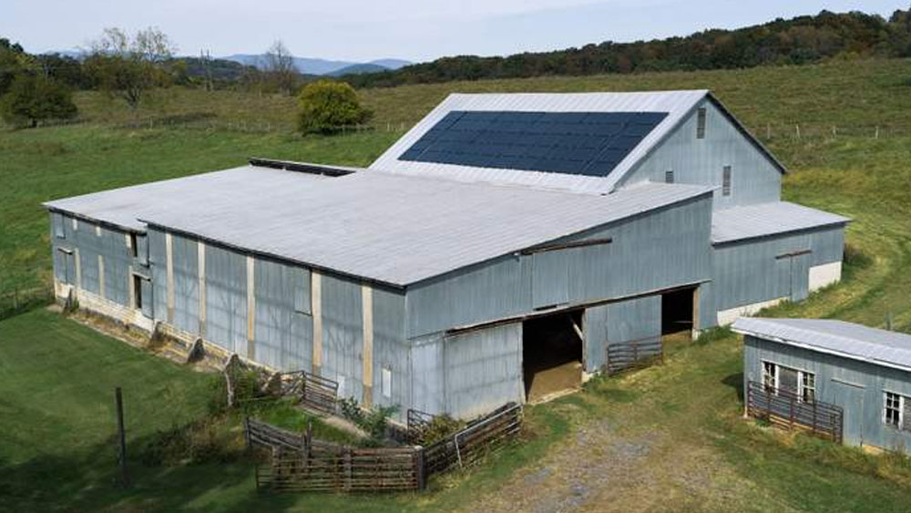 How Sunflare added 9-kW of solar on this 100-year-old barn roof