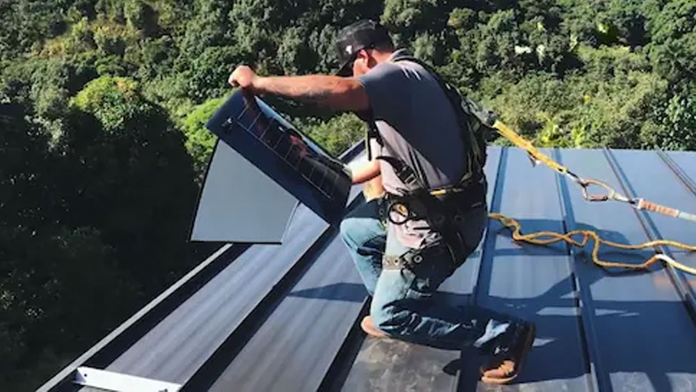 Alternatives to the Tesla Solar Roof (updated 2021)