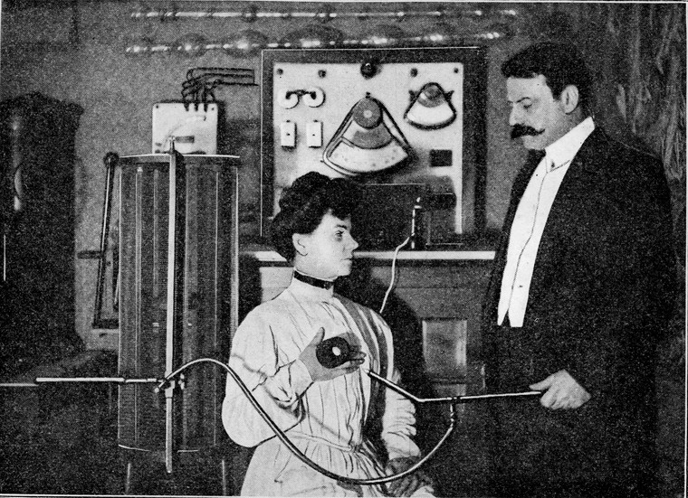 The treatment of cancer by high frequency cytolysis using the d'Arsonval-Gaiffe apparatus. Image from the Wellcome Collection - bioelectronic medicine nurokor medical