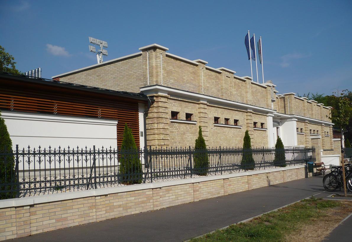 Uszoda tervezése Cegléd, építészmérnök