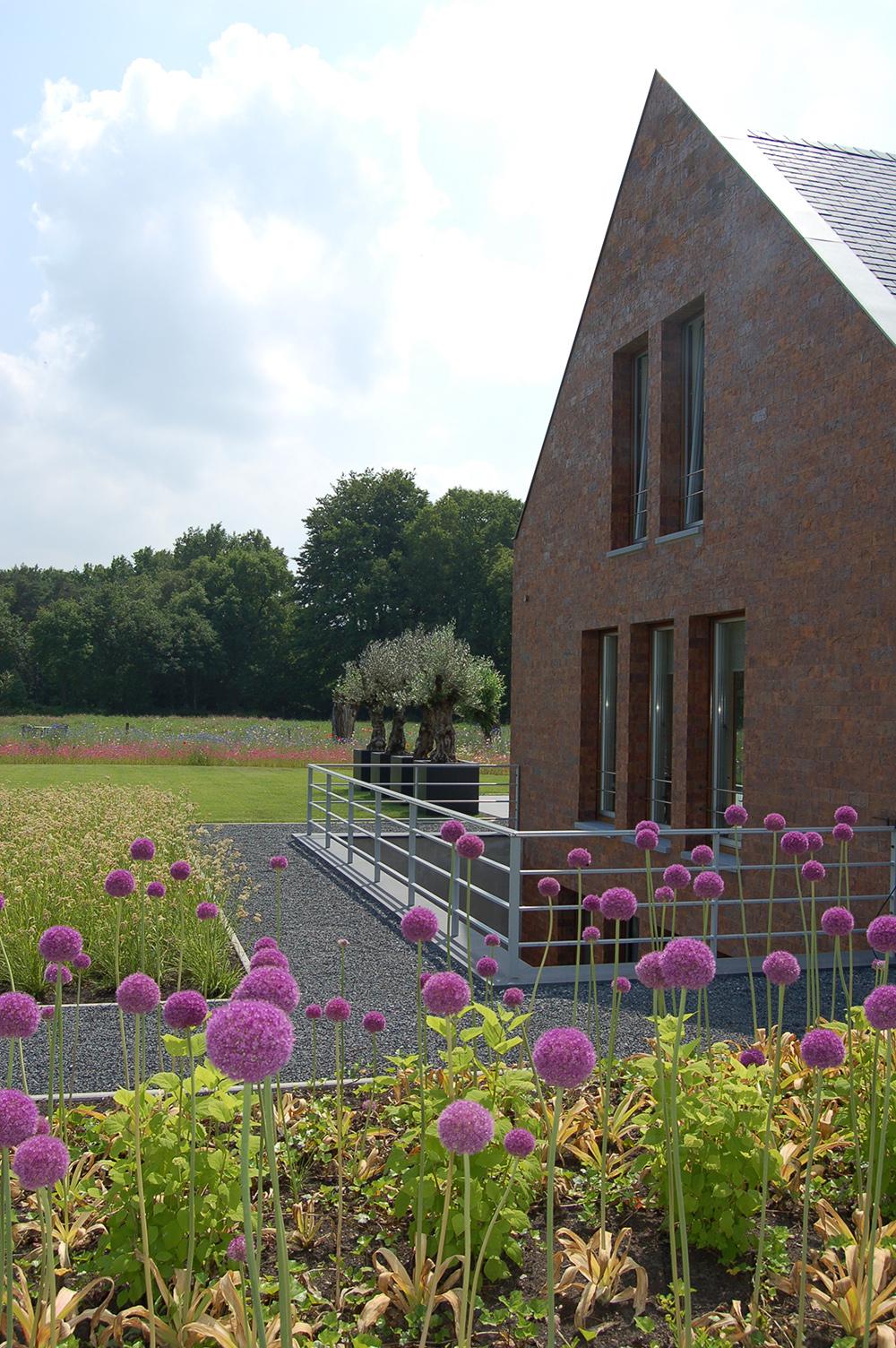 Moderne tuinen uienbollen Maarsbergen