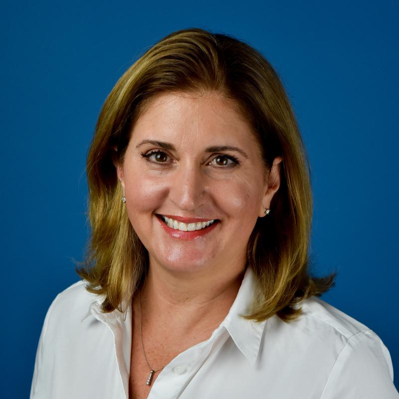 Lara Dolan
